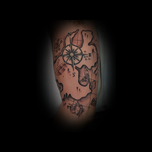 dave-arm-black-grey-map-compass