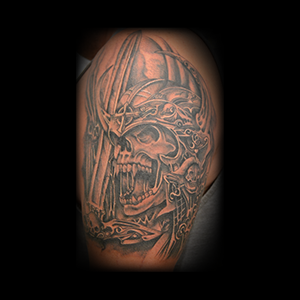 dave-arm-black-grey-skeleton-warrior